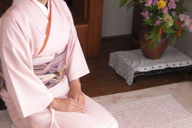 お花見に向けて。大阪で着方を習うならあべのベルタ・駒川教室。