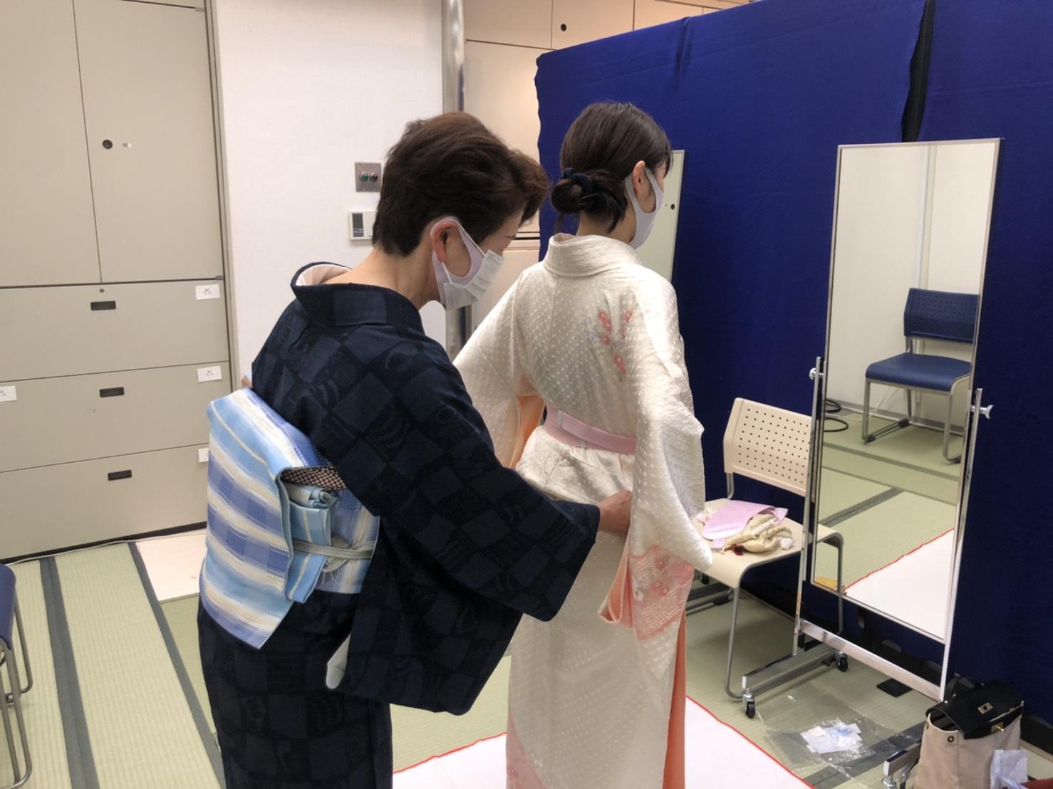 レッスン風景✨☺️着物着付け教室 松葉きもの学院 六甲教室